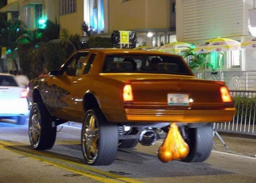 If-Giant-Rims-Werent-Obnoxious-Enough-Giant-Truck-Nuts-Certainly-Are_500x500.jpg