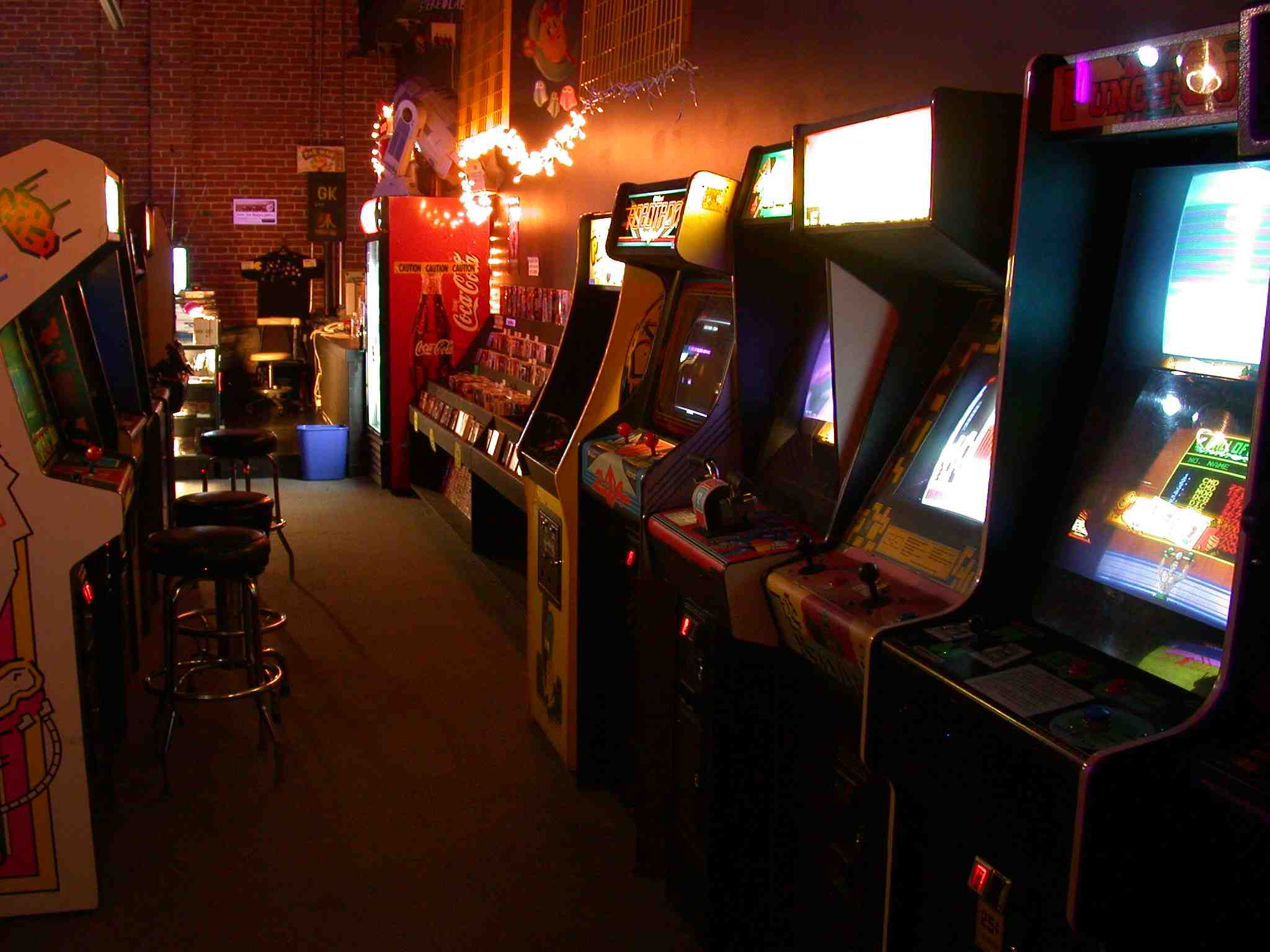 The 13 Most Overheard Phrases In An 80s Arcade