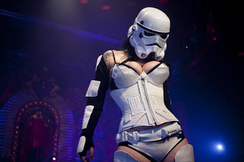 star-wars-goes-burlesque.4303485.56.jpg