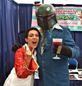 The_Go-Gos_Jane_Wiedlin_&_Boba_Phat_at_SDCC_09.jpg