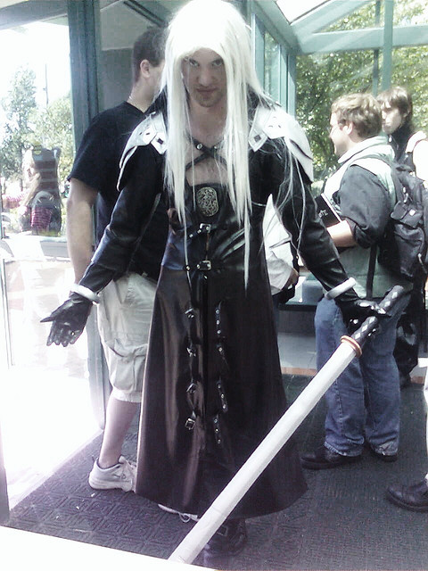 sexy man Sephiroth.jpg