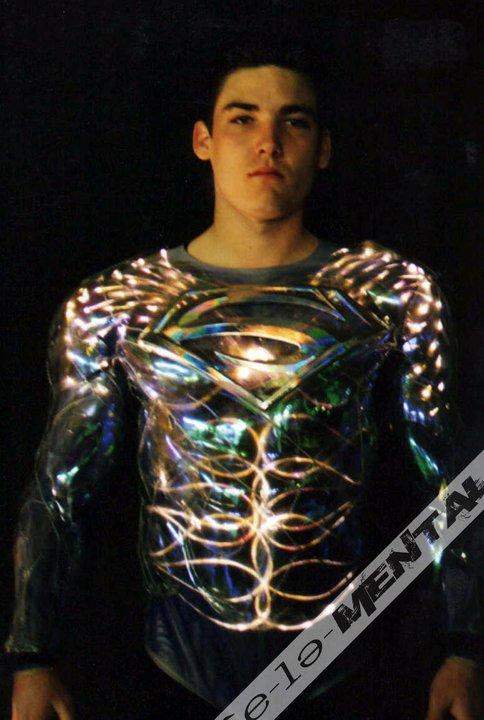 superman_lives_costume_sculpt_13.jpg