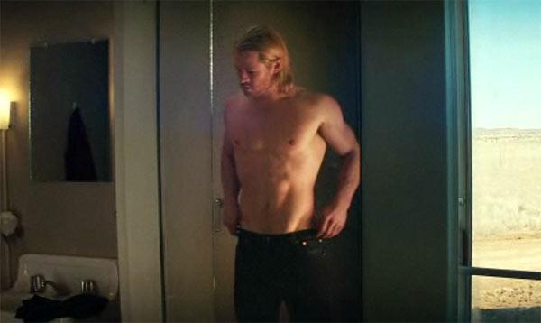Thor-Shirtless.jpg