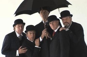 Monty-Python-Almost-the-Truth-The-Lawyer-s-Cut-monty-python-8932306-482-362.jpg