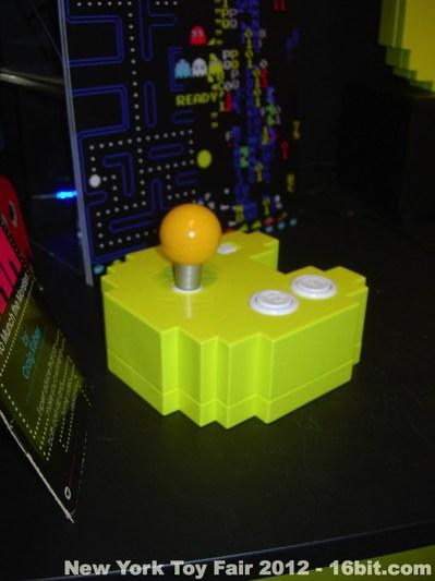 toyfair2012-ban-pac-man3.jpg