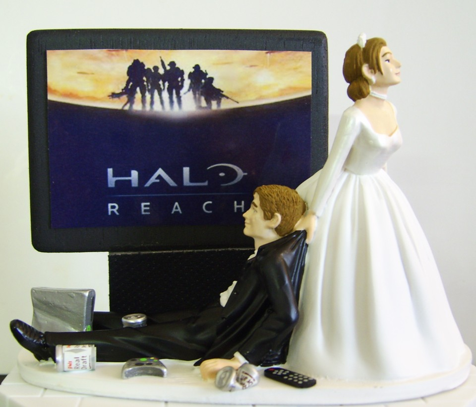 anime wedding cake tops 10 romantically nerdy wedding cake toppers the robot s voice 10782
