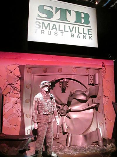 steelsmallvillebank.jpg
