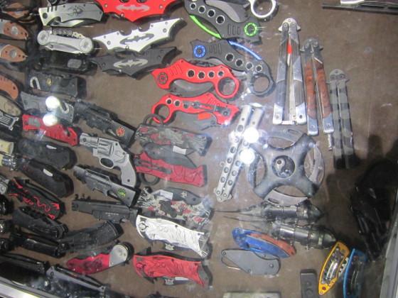 droom_knives.JPG