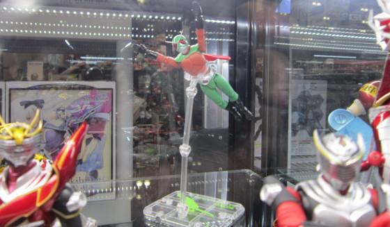 toys_flyingsentai.JPG