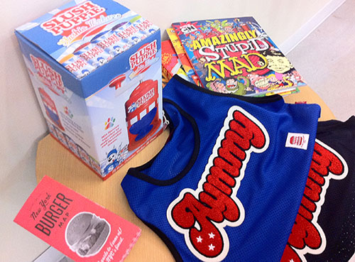 SC_06_AyumiSeto-Store-AmazinglyStupidMAD.jpg