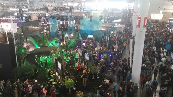 paxeast2015_crowd.jpg